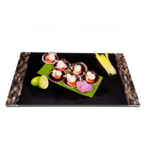 The Upper Scale Frozen Queen Scallops Roe On in Half Shell 6 pieces x 40/45g(1x250g bag)